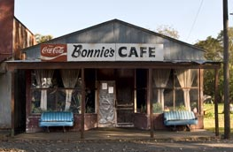 Bonnie's Cafe on Front Street in Watson AR.