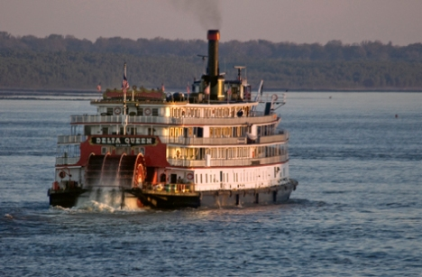 The Delta Queen, heading downriver, south of Helena.