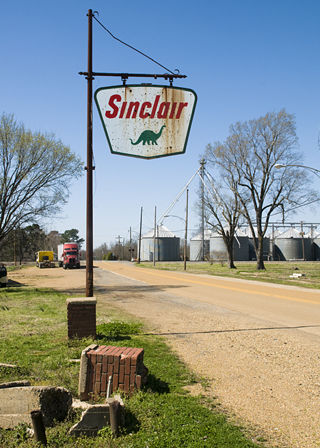 This sign is the last vestige of fomer retail activity at Winchester, Arkansas. Winchester is not by itself. Thousands of other small towns have suffered a similar fate. Others, not yet so afflicted will follow. It is the way of our times.