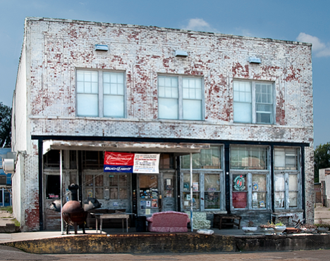 Ground Zero Blues Club ® — Clarksdale, Mississippi