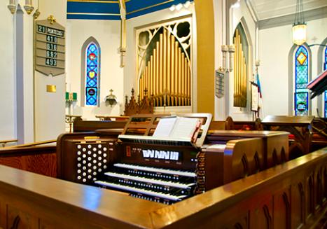 Trinity organ console