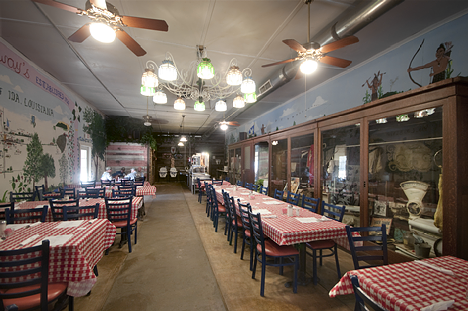 Carroway's General Store Restaurant