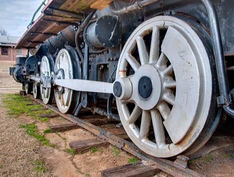 locomotive drive wheels