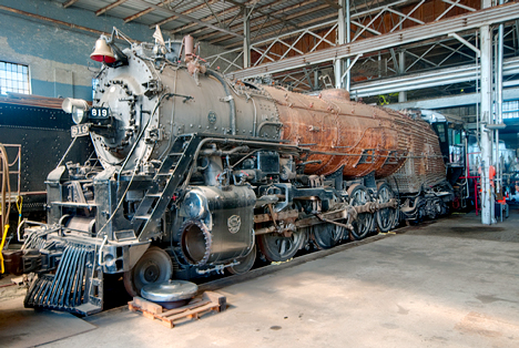 Engine 819