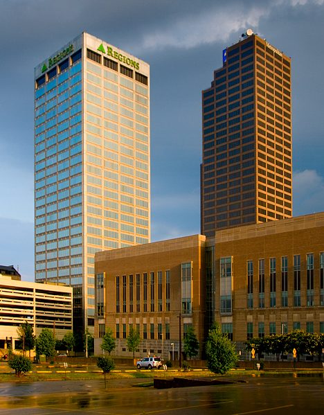 Regions and Metropolitan Bank towers in Little Rock
