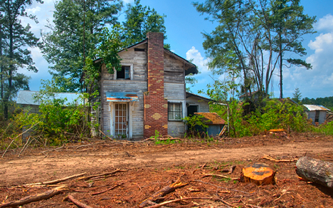 Old house on weekly grist