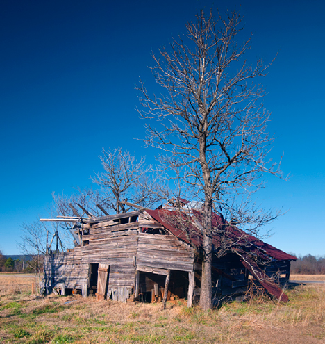 Old barn at Gravelly Arkansas