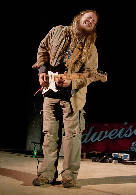 Josh Roberts, blues guitarist