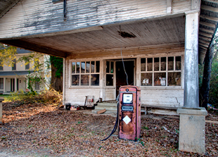 Old unoccupied store and filling station