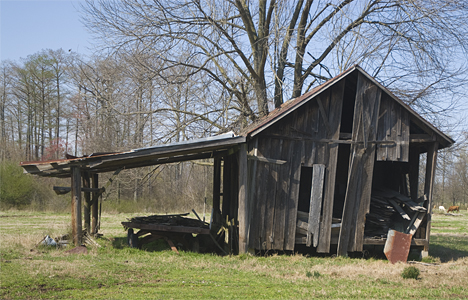 Old barn south of Pine Bluff AR