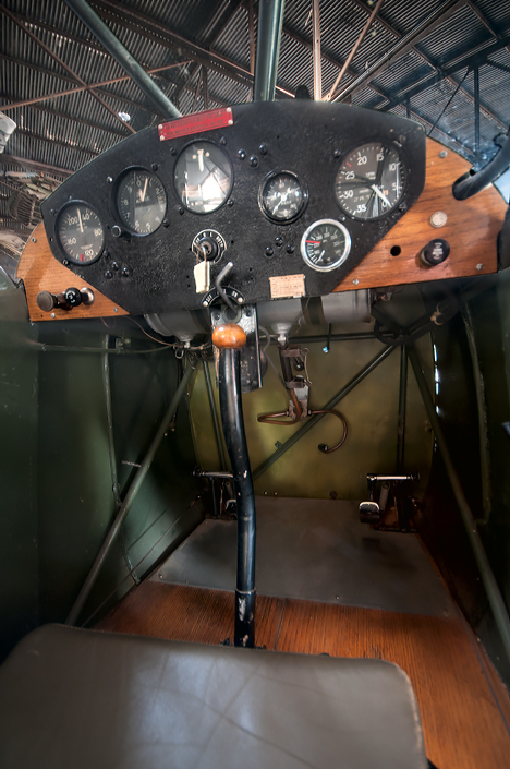 Pilot's compartment of the L3B