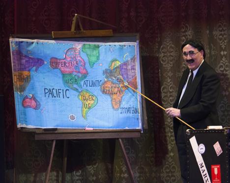 Ron MacClosky as Groucho