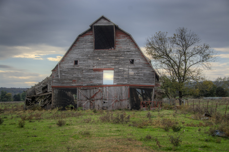 Old barn at Elkins Arkansas