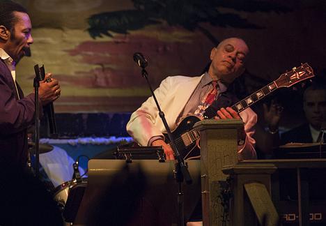 guitarist in Jimmy Buffett's Margaritaville in New Orleans