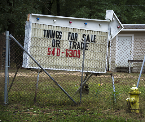 Sign that says Things for sale