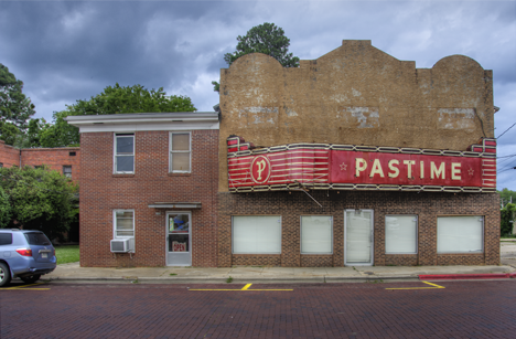 old pastime theater at Warren AR
