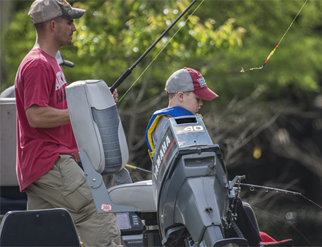 Father and son fishing in the 2016 Felsenthal Breamfest tournament